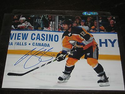 BRIAN GIONTA autographed BUFFALO SABRES 8X10 photo