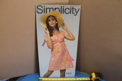 Vtg 1969 SIMPLICITY PATTERN STORE DISPLAY EASEL STAND UP SIGN 8186 PAISLEY