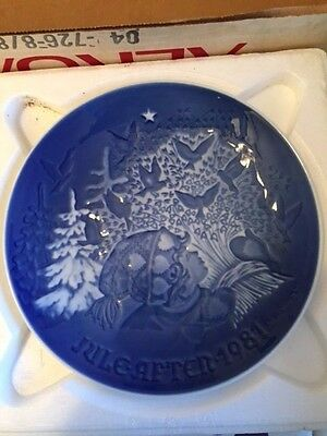 1981 Bing & Grondahl Fulepatte Christmas Plate Hand Painted Porcelain