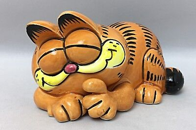 GARFIELD Vintage ENESCO Ceramic Figurine 1981 - Sleeping Curled Up Garfield