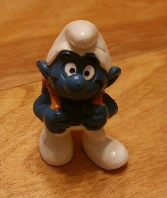 Vintage Smurf Figurine  (Pupil Smurf with backpack) Peyo Bully