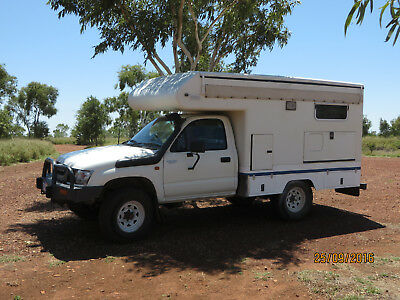 Campervan 4x4 Toyota Hilux PopUp - full equipped - fixed tank!