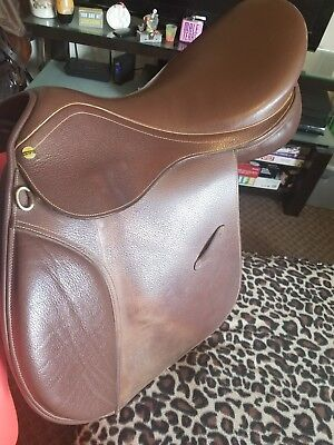 HDR Advantage 16 inches Saddle Close Contact brown hunt seat