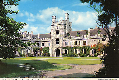 postcard Ireland  Cork City University College  posted  Hinde