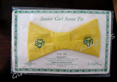 OFFICIAL TIE Pre-tied Junior Girl Scout Uniform 1960s NEW Halloween Costume