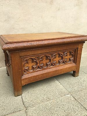 SALE !!!! Nice Quality French Gothic Trunk / pedestal / footstool in oak