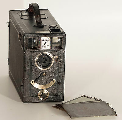 Jonte Detective Camera. 1902-1907. Box Type Camera 12 Plates Magazine.