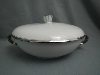 DeVille Fine China HAPPINESS Covered VEGETABLE Bowl Vintage Japan White