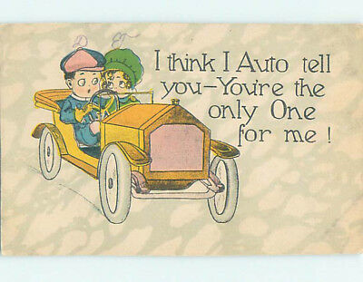 Pre-Linen comic GIRL AND BOY DRIVING IN VERY OLD ANTIQUE CAR HJ1787