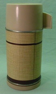 Vintage 1980 Town and Country metal thermos for brunch bag lunch box