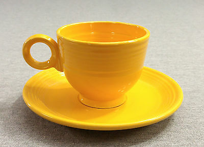 Fiesta Vintage Yellow Teacup & Saucer Set - Fiestaware (1937 - 1959)