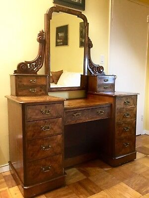 Victorian Burr Walnut Pedestal Dressing Table, circa 1870, Bath, England