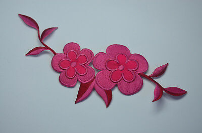 PRETTY PINK FLOWER TRIMMING Embroidered Sew Iron On Cloth Patch Badge APPLIQUE