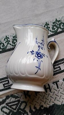 Collectible Villeroy & and Boch VIEUX OLD LUXEMBOURG creamer VITRO-Porcelain