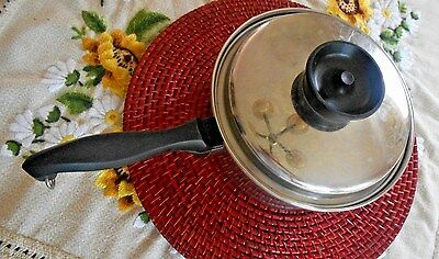 VTG Chef's Ware by Towncraft T 304  Stainless Steel 3 Qt Pan w Lid