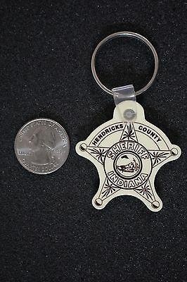 Hendricks County Indiana Sheriff Badge Rubber Off White Keychain Key Ring #16706