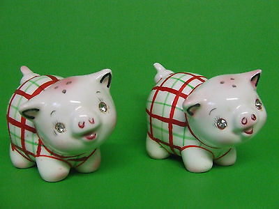 Vintage Napco(?) Pigs w/Rhinestone Eyes & Plaid Vests Shakers (Japan/#PY7031)
