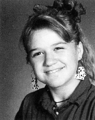 KELLY CLARKSON  High School Yearbook
