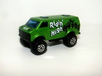 Matchbox Superfast No 68 4x4 Chevy Van BRIGHT Green Ridin High Mint Unboxed