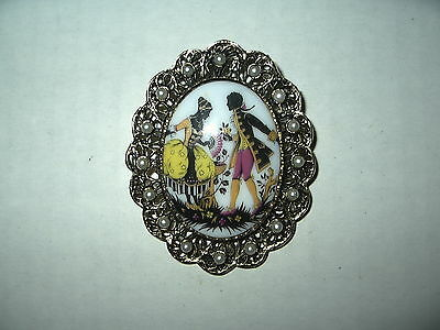 Vintage Victorian Goldtone & Porcelain Courting Couple Pearl Brooch Pin Pendant