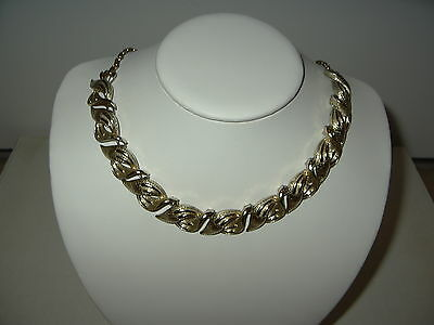 Vintage CORO Brushed Goldtone Twisted Leaves Necklace