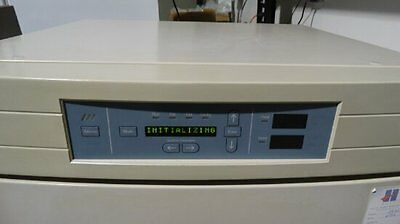 Thermo-Forma 3110 Water jacketed,CO2 incubator