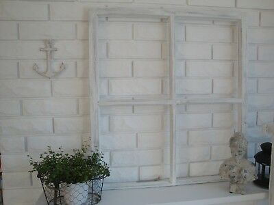 altes Holzfenster Fensterrahmen Spross Shabby