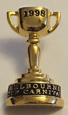 1998 Melbourne Cup Horse Racing Carnival Pin / Badge Jezabeel - Chris Munce