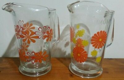 2 x RETRO VINTAGE GLASS CORDIAL WATER JUGS SPILL PROOF LIP