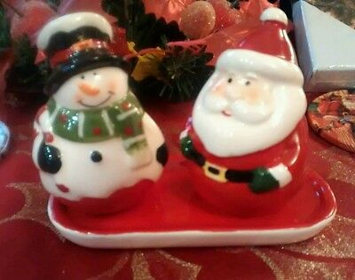 Christmas Themed Santa and Snowman salt & Pepper Ceramic Cruet Set Brand New