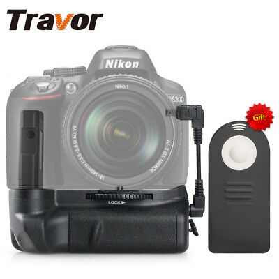 Pack Holder Battery Grip For Nikon D5100/D5200/D5300 and the Remote Control Set