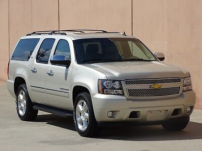 2013 Chevrolet Suburban LTZ 2013 CHEVROLET SUBURBAN 1500 LTZ 4X4 ACCIDENT FREE! ONE OWNER! CARFAX CERTIFIED!