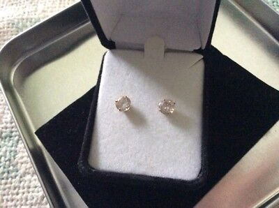 14 ct yellow gold lab created diamond stud earrings