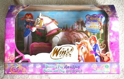 Winx Club-Magic Wings Bloom & Peg. Unicorn Horse Walks Neighs! Magical Adventure
