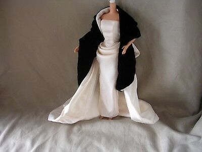 IVORY SATIN EVENING GLAMOUR GOWN & ACCESSORIES Fits Barbie Dolls, Candi, Royalty
