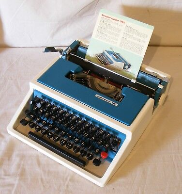 Vintage Underwood 315 typewriter working perfectly near new condition