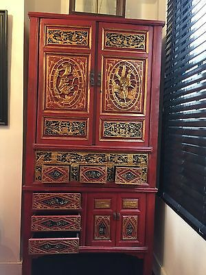 Fujian Chinese Carved Ornate Cabinet Red & Gold 1890-1900