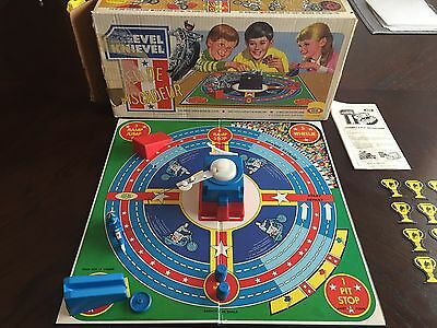 Ideal Evel Knievel Stunt Game Vintage 1974  Works  99% Comp. W/ Box (Very Rare)