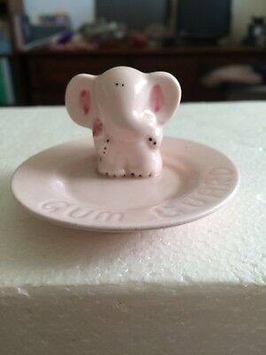 "Elephant Gum Guard ""tray"" Pink porcelain"