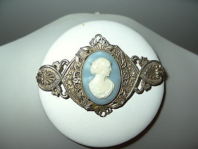 Vintage Victorian Style Goldtone Blue & White Celluloid Resin Cameo Brooch Pin
