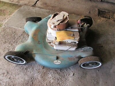 NOS Wasp push lawn mower 3 HP Briggs Stratton 4 Cycle easy spin vintage