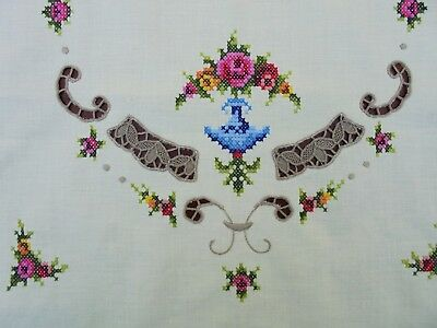 Vintage Hand Embroidered Cotton Roses Centrepiece Doily