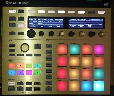 Maschine Mk2 Black with Software, with Gold and red templates. AAA condition.