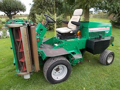 Ransomes Highway 2130 Triple Cylinder Ride Sit On Mower - Immaculate