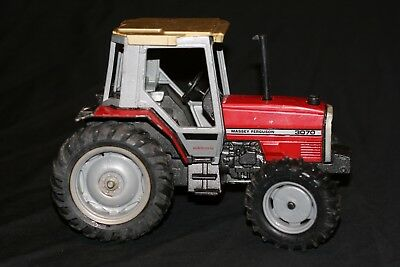 Vintage Ertl Massey Ferguson 3070 Tractor 1/16 Scale Hard To Find Made In Usa