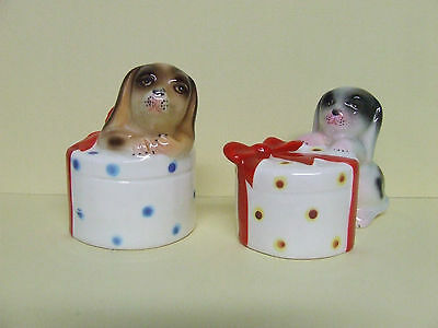 Vintage Puppy Dogs and Hat Boxes w/Bows Salt & Pepper Shakers (Japan/PY)