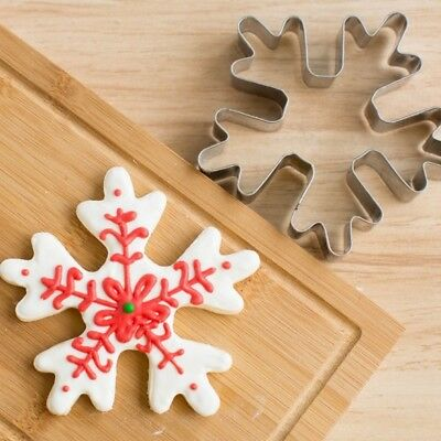 Christmas Snowflake Biscuit Pastry Cookie Cutter Baking Metal Sugarcraft Decor
