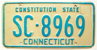 """Vintage Connecticut 1975 """"Constitution State"""" License Plate, SC-8969"""