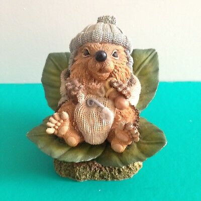 Country Artists Hedgies Ornament- Baby Howard 90324- Langford 1996