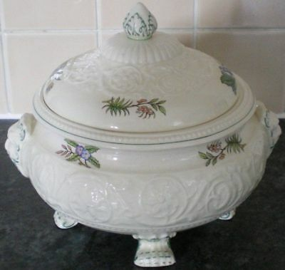 WEDGWOOD TAPESTRY LIDDED TUREEN more of this pattern available!
